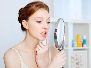 ¿Por qué se producen las enfermedades de las encías?