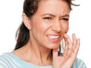 Cómo prevenir y evitar el sangrado de encías